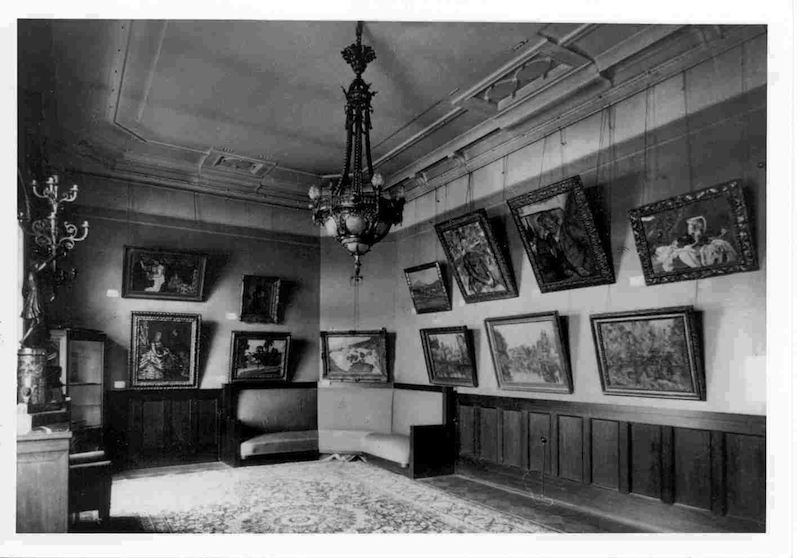 The Cézanne room in Morosov's house, from 1923 State Museum of Modern Western Art